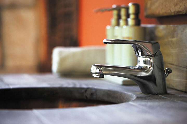 A2B Plumbers are able to fix any leaking taps you may have in Ewell.